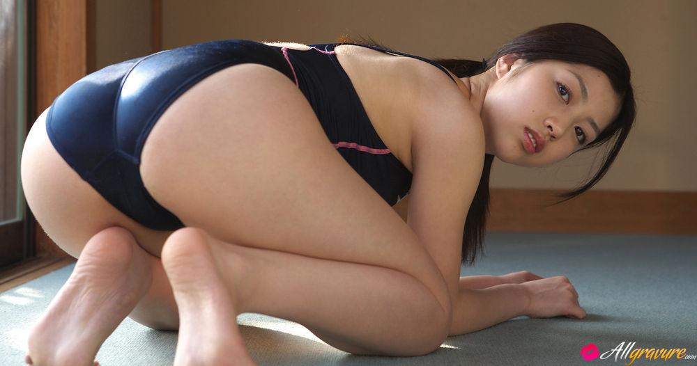 Gallery sex japan girl swimming