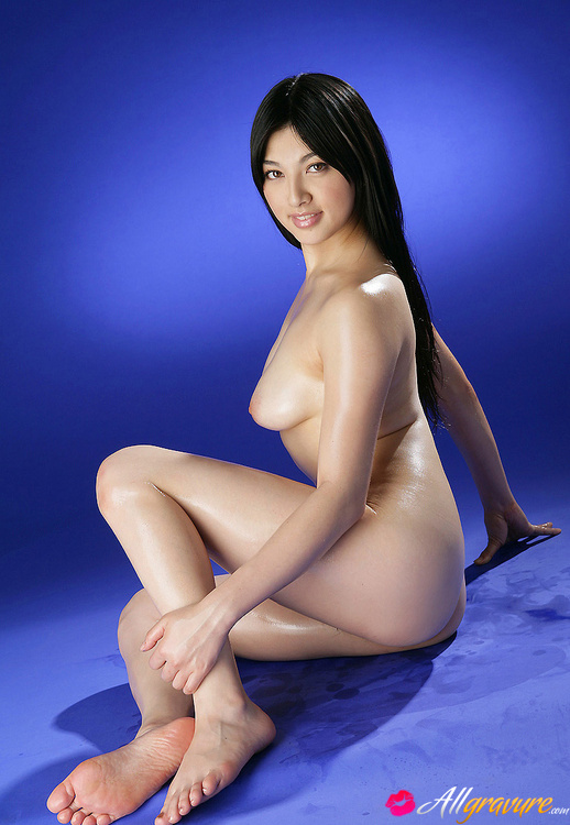 toys-lotions-asian-naked-pussy-girl-oiled-silva-fucking
