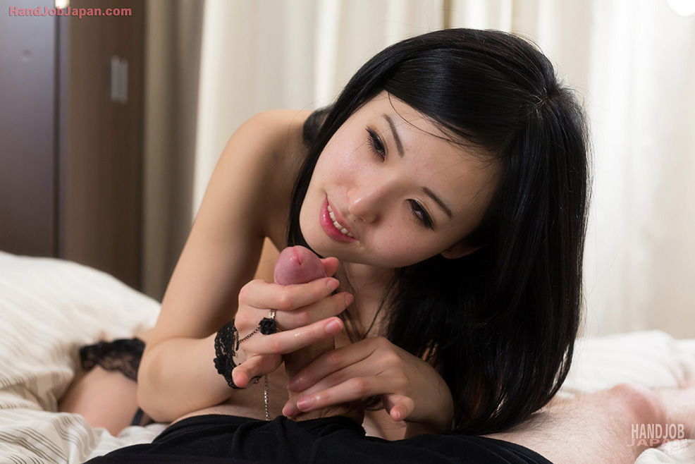 jap-handjob-girls-mint-in-anus