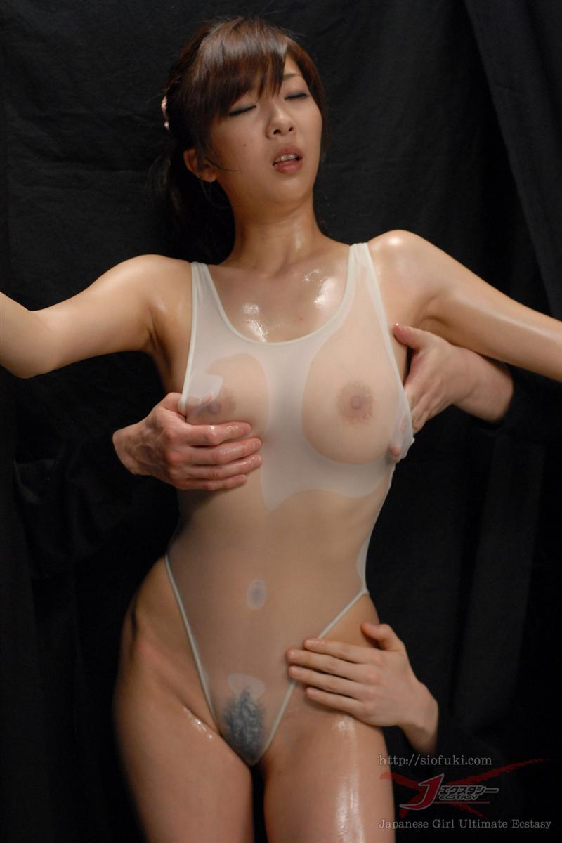 Naked galleries of girls with oil