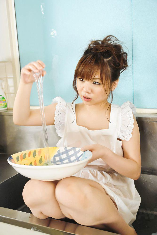 Asian Sex Food - Aoi Mizumori in the kitchen cooking up some sexual heat