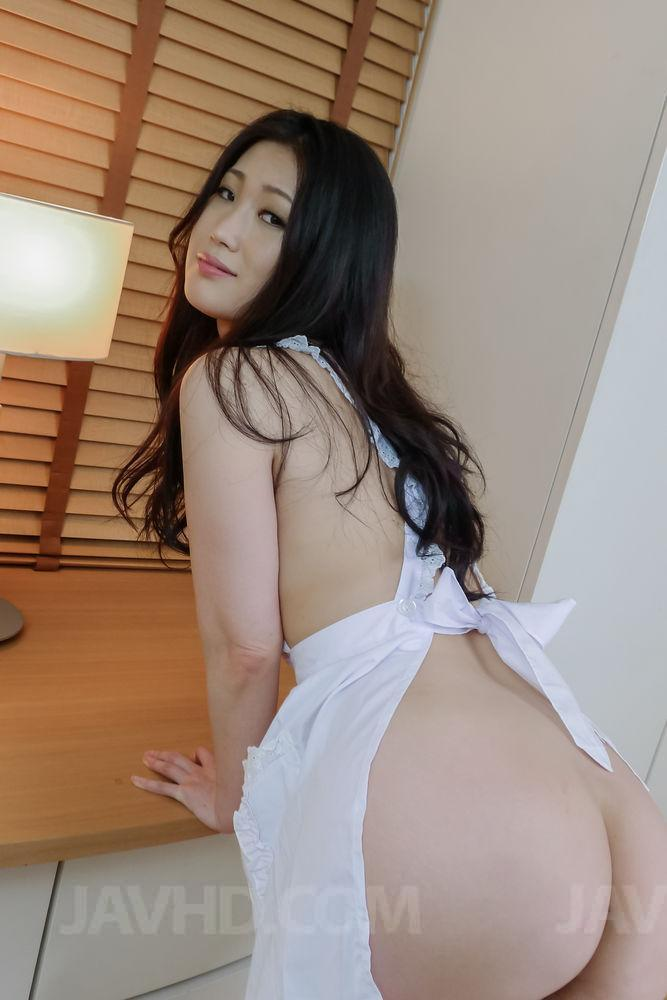 Asian girl nice ass naked
