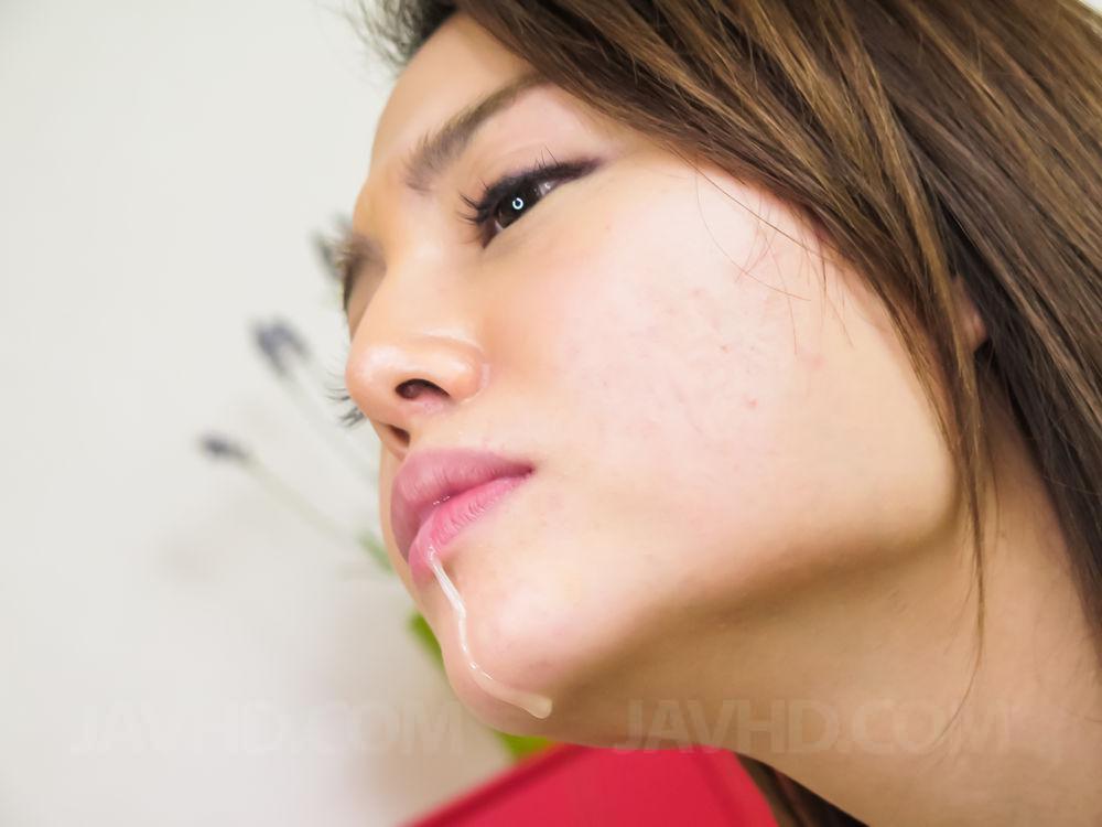 asian-nose-licking-sex