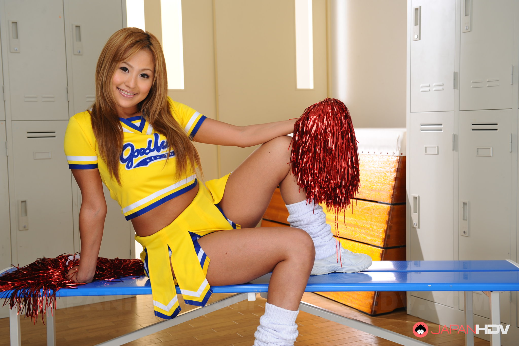 Amusing Tranny cheerleader split not