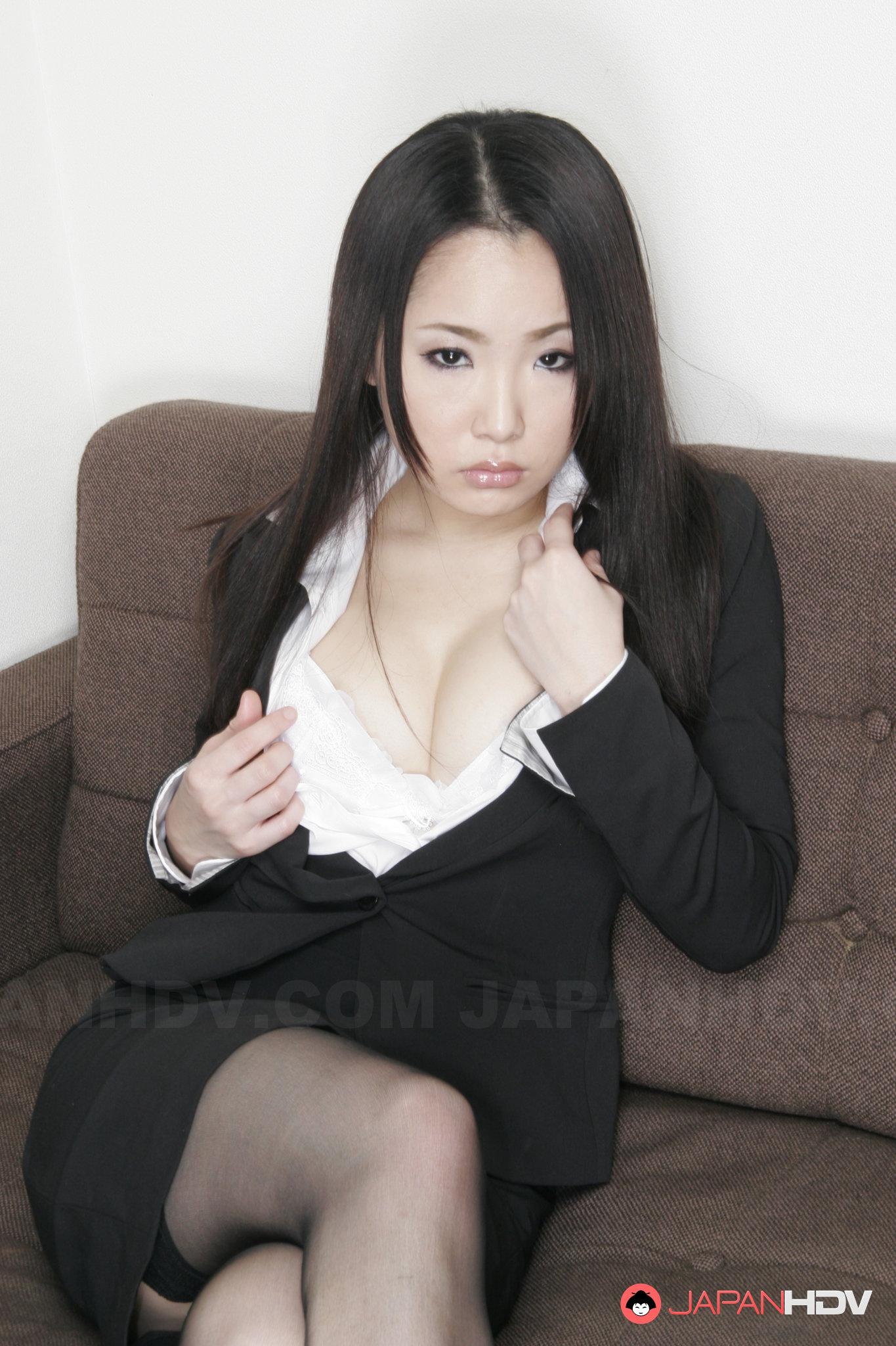 Ai Mizushima порно модель