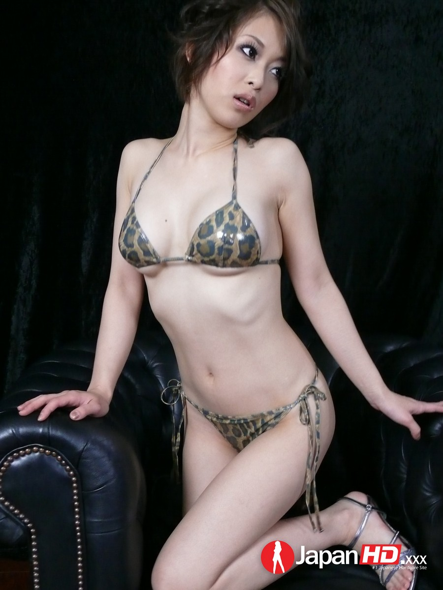 Sexy topless japanese girls big boobs